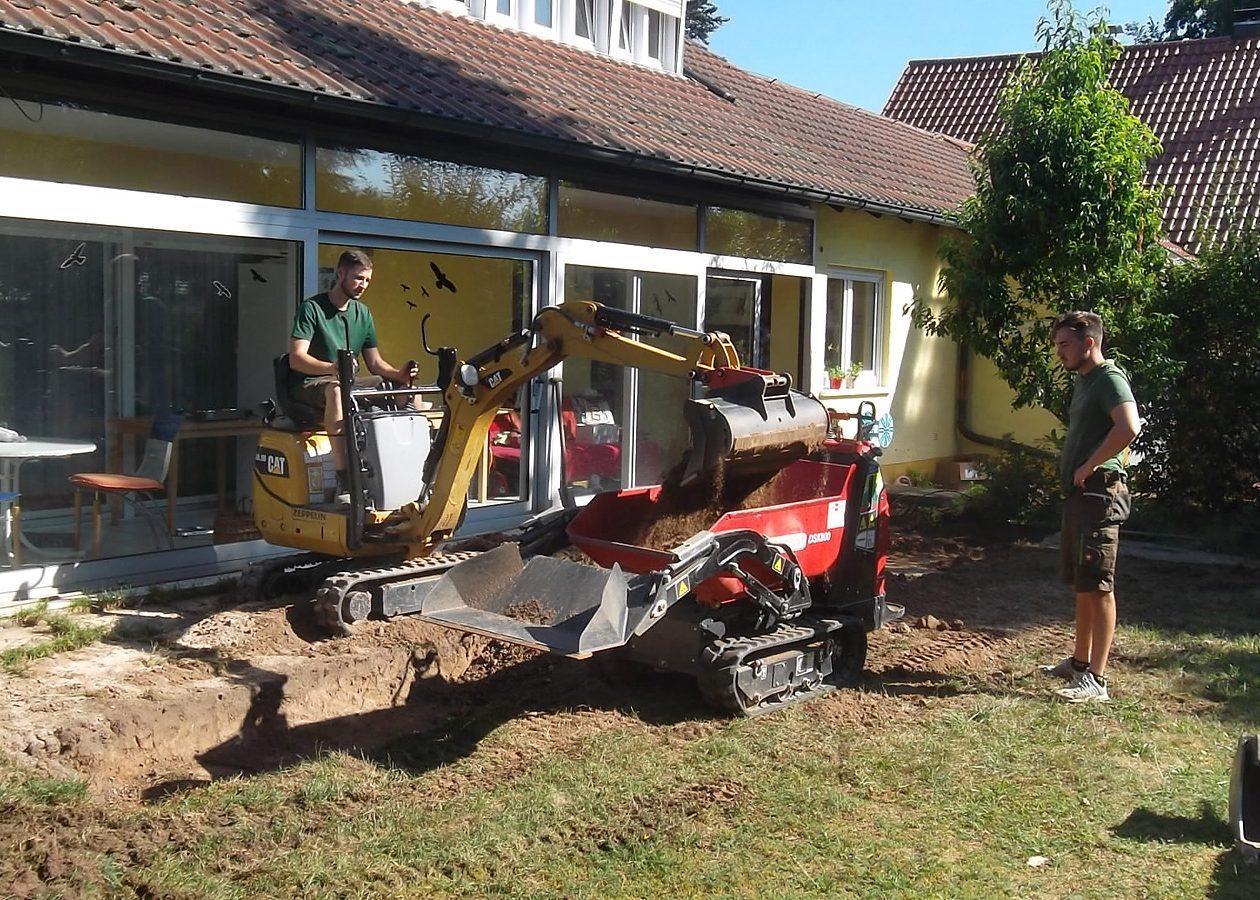 Greenkeepers Gartenbau - Erdarbeiten in einem Privatgarten