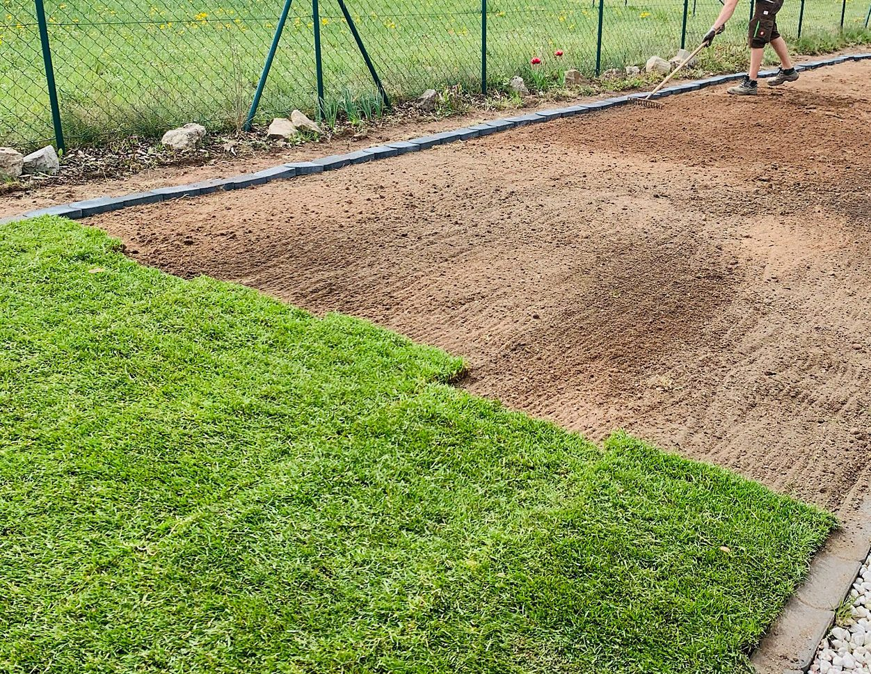 Greenkeepers Gartenbau - Unterbauarbeiten für Rollrasen